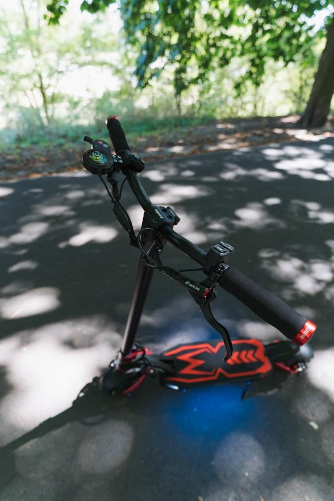 Kaabo Mantis 8 plus hulajnoga elektryczna z góry